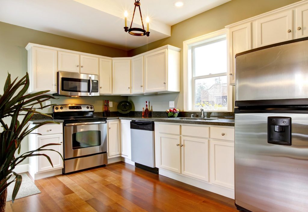 a clean and nice kitchen